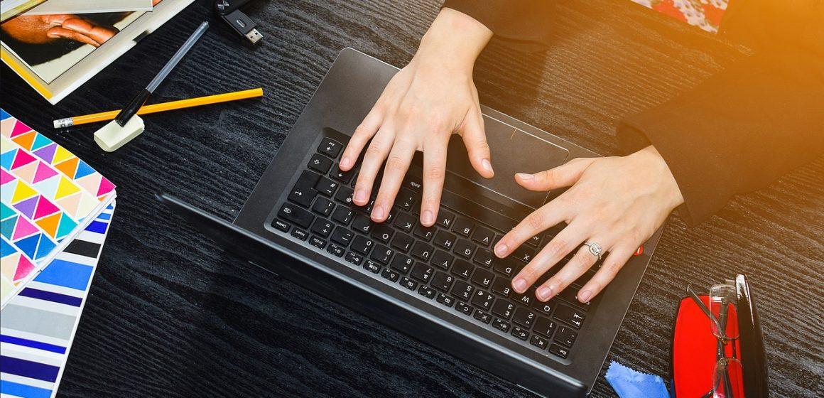 Dlaczego wybieramy korepetycje on-line?